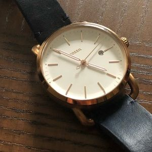Classic Fossil watch with navy band